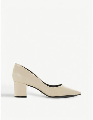 Dune Arve leather courts