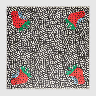 Gucci Shawl with Strawberry print