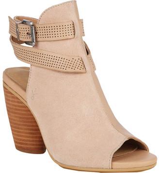 Women's EMU Catrillis Peep Toe Sandal $149.95 thestylecure.com
