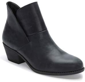 Tucker Adam by Me Too Me Too Zena Ankle Boot