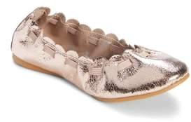 Tucker + Tate Scalloped Ballet Flat