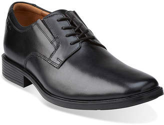 Clarks Tilden Mens Leather Plain-Toe Dress Shoes