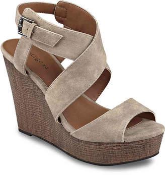 Indigo Rd Kamryn Wedge Sandal - Women's