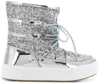 Chiara Ferragni glitter snow boots