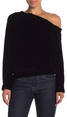 KENDALL + KYLIE Kendall & Kylie Off Shoulder Velour Long Sleeve Pullover