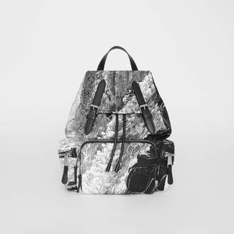 Burberry The Medium Rucksack in Dreamscape Print