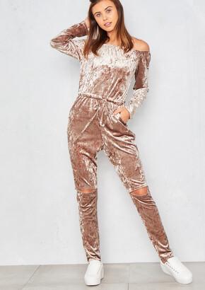 d9514e8fbf1a Missy Empire Missyempire Lorenza Gold Velvet Off Shoulder Jumpsuit