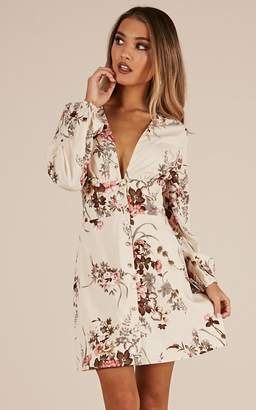 Showpo Pick A Place dress in cream floral - 20 (XXXXL) Casual Dresses