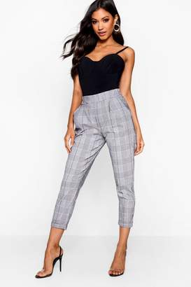d47bd132b7256 boohoo Prince Of Wales Check Tapered Trouser