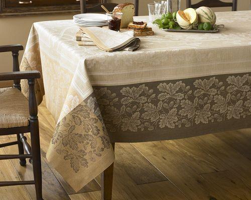 Acorn Jacquard Tablecloth, Natural & Brown