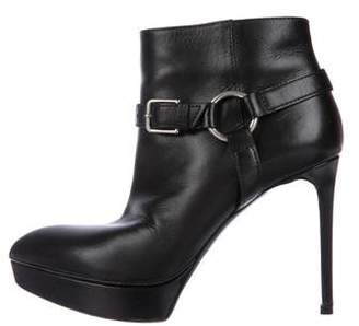 Saint Laurent Pointed-Toe Leather Ankle Booties