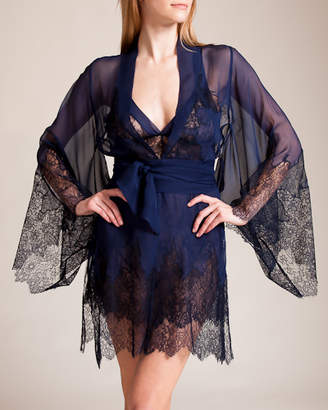 Ornamental Lace Short Robe