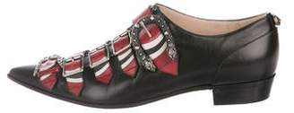 Gucci Leather Buckle-Accented Oxfords