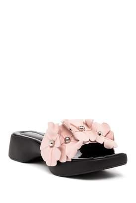AVEC LES FILLES Alise Floral Embellished Sandal