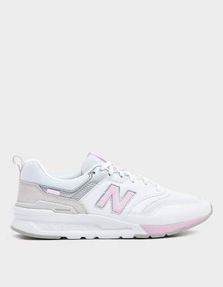 New Balance 997 Sneaker in Grey