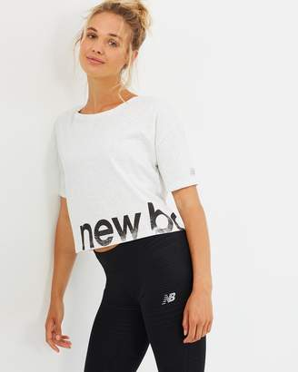New Balance Graphic Heather Tech Crop Tee