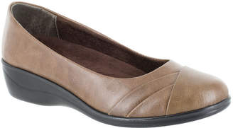 Easy Street Shoes Womens Nancy Round Toe Slip-On Shoe