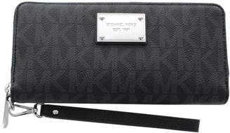 Michael Kors MICHAEL Jet Set Travel Logo Continental Wallet