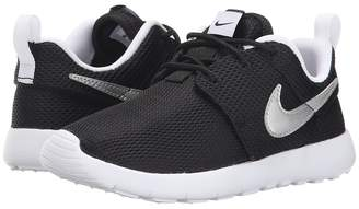 Nike Roshe One Boy's Shoes