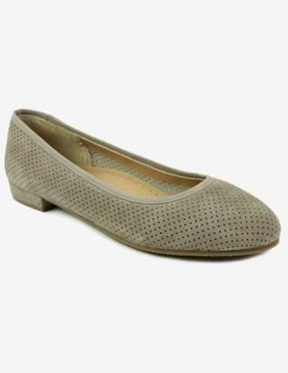 VANELi Ulanda in Truffle Suede Flat Shoes in Beige Size 10