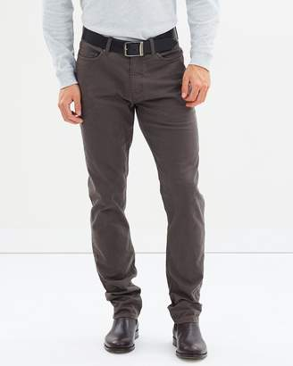 Neilson Straight Jeans
