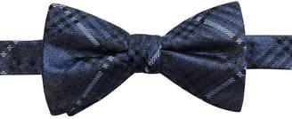 Ryan Seacrest Distinction Men's Studio Plaid Pre-Tied Silk Bow Tie
