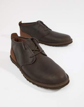 UGG Maksim Chukka Leather Boot in Brown