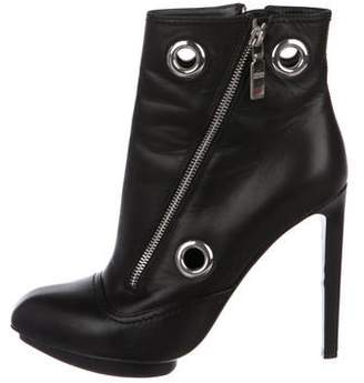 Alexander McQueen Leather Pointed-Toe Ankle Boots