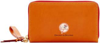 Dooney & Bourke MLB Yankees Zip Around Phone Wristlet