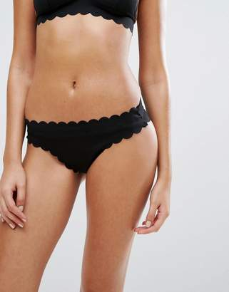 Missguided Scallop Edge Bikini Bottom