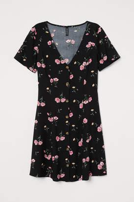 H&M V-neck Viscose Dress - Black