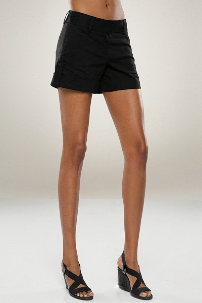 Theory Ruby Roll Up Shorts in Black