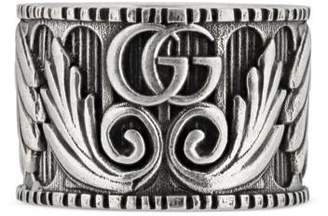 Gucci Ring with Double G and leaf motif