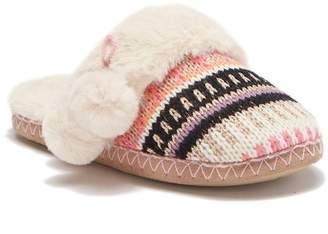 f16259b9bdb1 ... Chinese Laundry Knit Pom-pom Slipper
