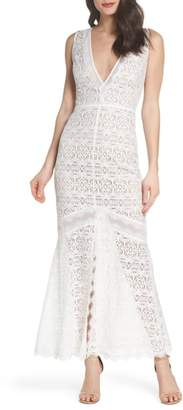 Harlyn V-Neck Lace Trumpet Gown