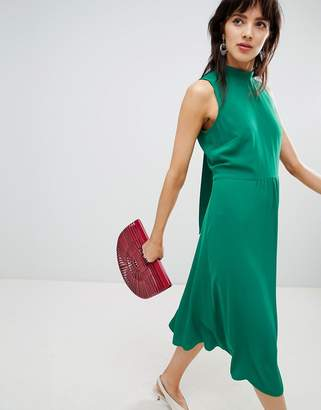 Warehouse midi dress with tie back detail in green