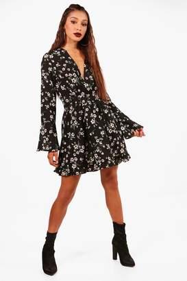 boohoo Floral V Neck Flared Sleeve Swing Dress
