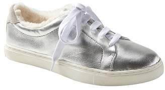 Banana Republic JAPAN ONLINE EXCLUSIVE Essential Silver Sneaker with Faux Fur Lining