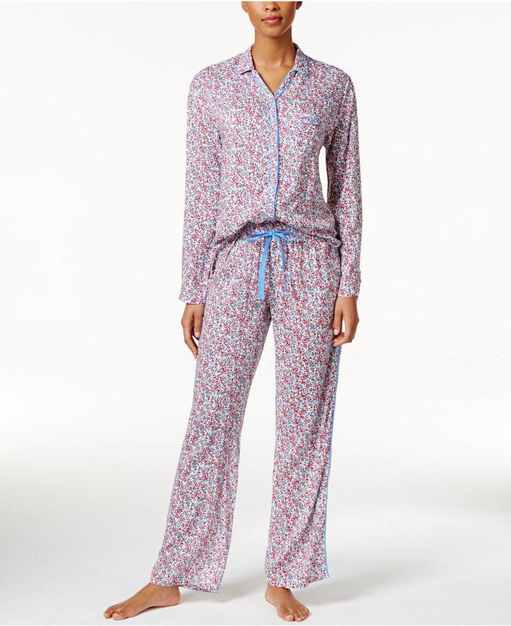 Tommy HilfigerTommy Hilfiger Piping-Trimmed Printed Pajama Set