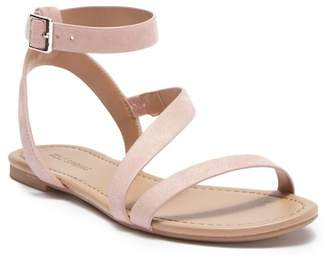 Call it SPRING Agroerwen Sandal