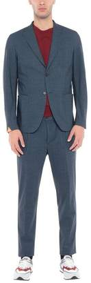 TRAIANO Suit
