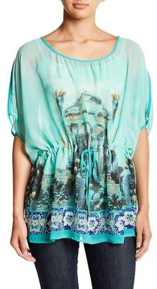 Papillon Elbow Length Sleeve Printed Blouse