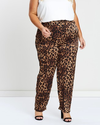 ICONIC EXCLUSIVE - Olivia Woven Soft Jogger Pants