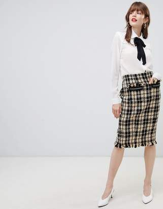 Darling Textured Checked Pencil Skirt