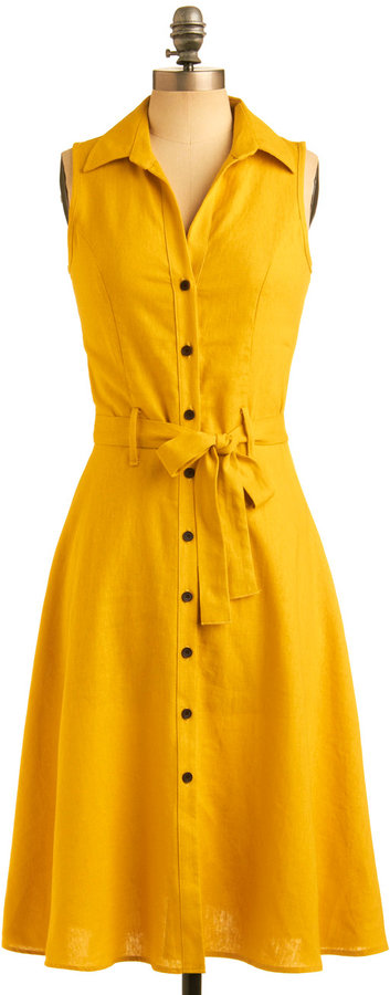 Daffodil Centerpiece Dress