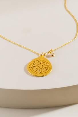 francesca's Valentina Vintage Filigree Pendant Necklace - Gold