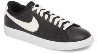 Nike Blazer Low Leather Sneaker