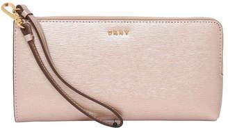 DKNY R74L3102 Bryant Zip Around Wallet