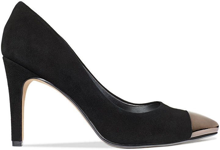 Adrienne Vittadini Canby Pumps