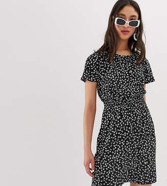 New Look Tall shirred waist dress in black pattern